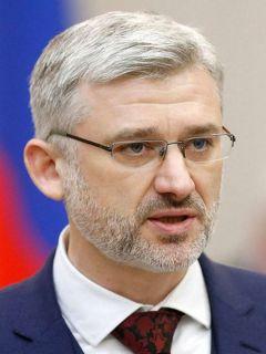 Евгений Дитрих, министр транспорта РоссииДороги нужно  ремонтировать вовремя дороги