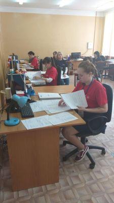 Конкурсанты, соревновавшиеся в сфере документационного обеспечения управления и архивоведения, занимались составлением приказов, отчетов и других документов для передачи в архив. На WorldSkills выбрали победителей WorldSkills Russia