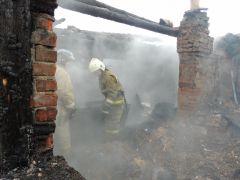 EgjagAd1F7-800x600.jpgВ Чебоксарах в пожаре погибли мать и три дочери происшествие пожар Чебоксары