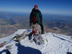 Эльбрус западный, 2015 год, высота 5642 метра.Лучший отдых — испытания в горах! Эльбрус горы альпинист Активное долголетие