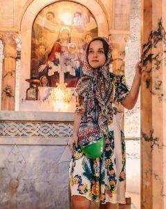 """Элиана Гончарова посетила Храм Гроба Господня в Иерусалиме.  Фото из """"ВК"""" Э.Гончаровой""""Зря уволили"""" Грани в Сети"""