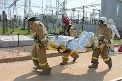 Эвакуация пострадавшегоНа ОРУ 500/220 Чебоксарской ГЭС потушили условный «пожар» РусГидро