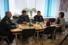 """В редакции газеты """"Грани"""" состоялся круглый стол """"Безопасности много не бывает"""" МЧС ГИМС Безопасность"""