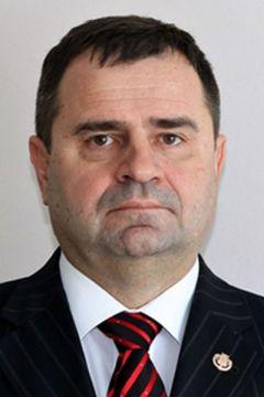 Алексей Грищенко, министр строительства ЧувашииПриоритет — национальным проектам Курс Чувашии