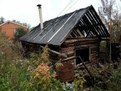 Сгоревший дом. Фото: СУ СКР по ЧРВ Чебоксарах устанавливаются обстоятельства гибели двух мужчин при пожаре в жилом доме пожар