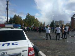 Флешмоб 23 сентябряСотрудники ГИБДД Новочебоксарска и ученики 12-й школы провели флешмоб ГИБДД сообщает