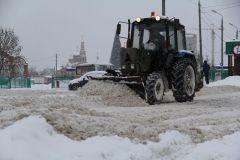К вечеру понедельника большинство городских дорог были почищены.  Фото Марии СмирновойНе утонуть бы  в снежной красоте уборка снега