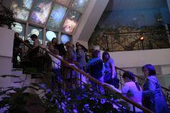 """На """"Ночь"""" в музей краеведения и истории города пришли люди разного возраста.Сюрпризы ночных музеев фоторепортаж"""