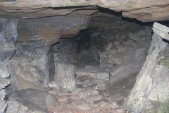 Внутри пещера выложена камнями. Тайны марийских пещер Тропой туриста