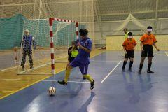 В мини-футболе играют с мячом, издающим звук. Фото Марии СМИРНОВОЙПодарок — звенящий футбольный мяч. Проигравших нет, все — победители! Всероссийская летняя спартакиада детей-инвалидов по зрению