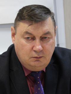 Александр Фадеев Александр Фадеев: Ремонт дворов продолжим в 2021 и 2022 годах