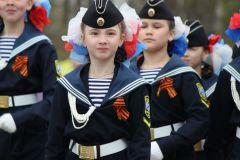 IMG_0546.JPGБолее 2 тысяч новочебоксарцев прошли в колонне Бессмертного полка