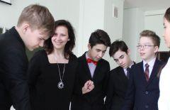 Елена Порфирьева и ее семиклассники. Самый классный руководитель Учитель года Самый классный классный