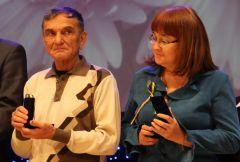 Валерий Мутрисков — гордость нашей редакции и Новочебоксарска. Фото Марии СМИРНОВОЙМедаль как признание заслуг  55 лет Новочебоксарску