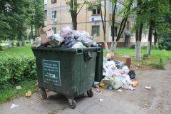 Ул. Комсомольская, 1Дворы снова утонут в мусоре? Среда обитания Из ряда вон