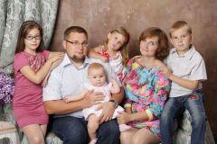 Фото из семейного архива ЯновыхПусть Новый год принесет много детского смеха Господдержка