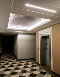 """В премиальных домах от """"ИСКО-Ч"""" жильцов ждут коридоры с античными колоннадами, просторные квартиры и средневековые панно прямо в холле.Премиум? Класс! Новый год принесет вам новый уровень комфорта """"Иско-Ч"""""""