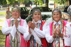 IMG_1170.JPGФестиваль собирает народы родники России День Республики-2015