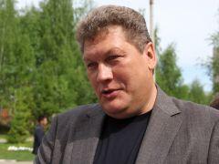 "Александр НиколаевичСказали школе ""До свидания!"" Последний  звонок"