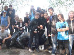 IMG_1293.JPGО роще заботятся капитально уборка мусора Ельниковская роща Всем городом - против мусора