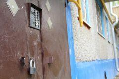 А здесь не дождались! 6 октября, ул. Комсомольская, 5. Такая же картина на ул. Восточной, 21 и ул. Коммунистической, 30. Капремонт: вот и дождались! Приемная ЖКХ капремонт