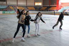 На первый лед с подругами.День здоровья в Новочебоксарске фоторепортаж