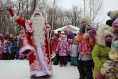 На открытии терема Деда Мороза. Фото И. ПавловойВ Новочебоксарске открылся терем Деда Мороза