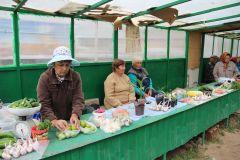 За столами есть еще места...Мини-рынок без базара мини-рынки