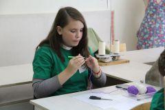 """Семиклассница новочебоксарской школы Виктория Мельник представила наш город в компетенции """"Вязание крючком"""".""""Абилимпикс""""  для каждого найдет работу """"Абилимпикс"""""""