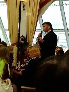 """Вопрос задает Альберт ИльинГлава республики ответил на вопросы """"Граней"""" и других изданий пресс-конференция Главы Чувашии Михаила Игнетьева"""