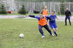 Моросящий дождь не стал помехой для футболистов.  Памяти старшины милиции
