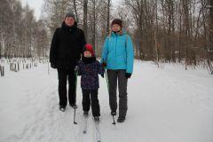 Анастасия и Евгений, сын Никита.И румянил щеки легкий мороз Новый год-2021