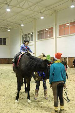 """IMG_5675.JPGНа манеже - \""""Волк и семеро козлят\"""" представление Новый год-2015 конно-спортивная школа выходной"""