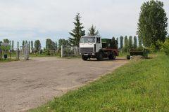 Вывоз мусора производится в ежедневном режиме. Фото  Максима БоброваЧтобы помнили, или навстречу Троице троица Погост