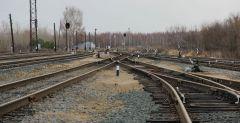 Железнодорожная станция Новочебоксарск. Сейчас она грузовая, но когда-то планировали отсюда отправлять пассажирские вагоны в Чебоксары.Советское, монументальное Неизвестный Новочебоксарск