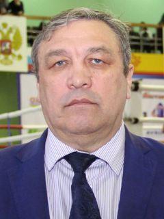 Валерий ЛАПТЕВ, чемпион Европы, победитель Кубка мира по боксу, заслуженный мастер спорта СССРЧемпионские бои бокс