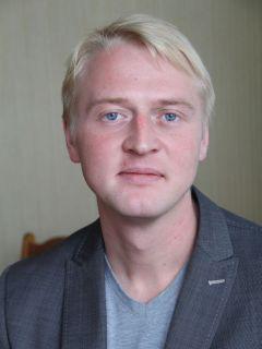 Максим РЫБАЛКО, руководитель Easy CarАвтосалоны, автомагазины и автошколы Новочебоксарска автошколы автосалоны Автозапчасти