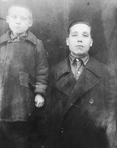 Виталий со своим отцом. 1938 год.Война украла наше детство Бессмертный полк