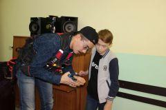 познавательные открытые уроки от активистов Союза молодежи «Химпрома» для воспитанников Новочебоксарского социально-реабилитационного центра Молодые сотрудники «Химпрома» посетили социально-реабилитационный центр Химпром