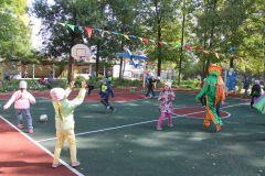 Игры на свежем воздухеЧебоксарская ГЭС подарила особенным малышам спортивную площадку РусГидро
