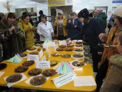 Родители пробовали блюда и причмокивали от удовольствия. Фото из архива школы № 3Как кормят в школе