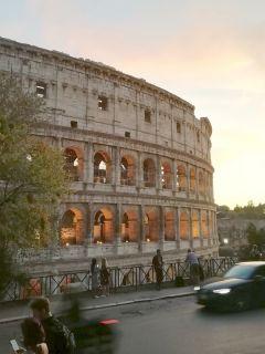 В Риме, где бы ты ни находился, все равно в итоге окажешься у Колизея.Римские каникулы Тропой туриста Рим Италия