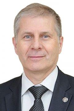 Сергей Кудряшов, министр образования ЧувашииПриоритет — национальным проектам Курс Чувашии