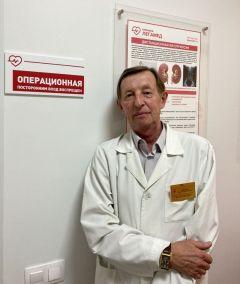 Заслуженный врач Чувашии Сергей Прокопьевич МеркушевЗа таким врачом  хоть на край света