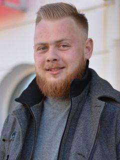 """Максим Исаев, IT-специалист, 32 годаПочему я читаю """"Грани"""""""