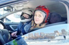Штурман Марина Халимова и ее мама пилот Ирина Петунина. Горячий лед, автомобили и дамы Волжский трек автогонки