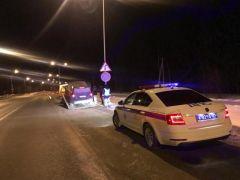 Mersedes_na_YadrinskomВ Чувашии в предпраздничный день сотрудники ГИБДД выявили 28 нетрезвых водителей