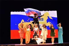 Мощный финал КВНовского номера про рубль.Лидеры страны по работе с деньгами профессионалы Личные финансы День финансиста