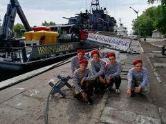 Фото предоставлено Союзом ветеранов ВМФ Чувашской Республики Вместе с военными моряками  День ВМФ