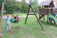 На качеляхЧебоксарская ГЭС оборудовала игровую площадку в социально-реабилитационном центре для несовершеннолетних РусГидро